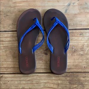 Bongo leather flip flops royal blue size 8
